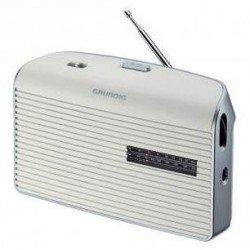 Radio de mesa GRUNDIG...